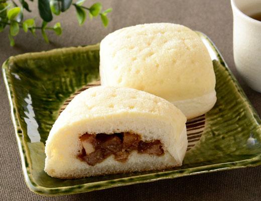 大胆な発想! 意外な組み合わせの惣菜パン!!