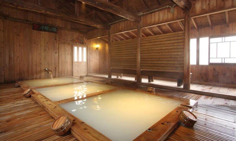 【野地温泉 野地温泉ホテル】 東北屈指の乳白色の温泉